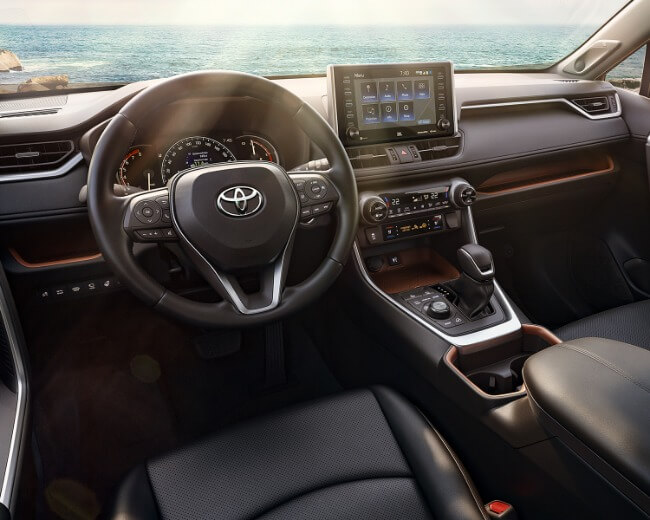 Photo showing interior of the 2019 Toyota RAV4 at Heninger Toyota